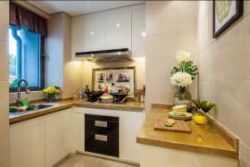 2016欧式清新米色厨房橱柜设计