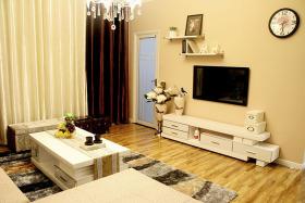 米色简约客厅装修效果图欣赏