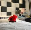 创意现代风格黑白棋盘格卧室装修效果图