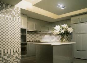 现代风格素雅黄色厨房橱柜装修