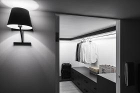 灰色简约风格大气衣柜效果图欣赏
