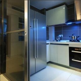 简约蓝色厨房效果图