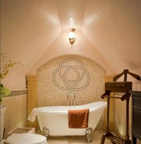 美式风格个性橙色卫生间设计案例