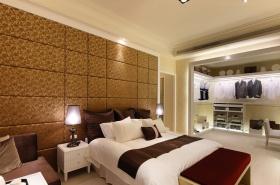 2016欧式卧室开放式衣柜设计装潢