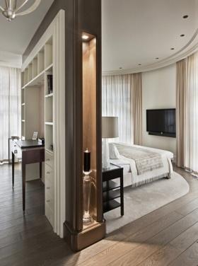 欧式精致实用收纳卧室隔断设计装饰案例