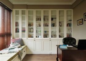 白色唯美简欧风格书房收纳柜设计