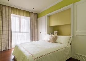 田园风格卧室衣柜装饰设计图片