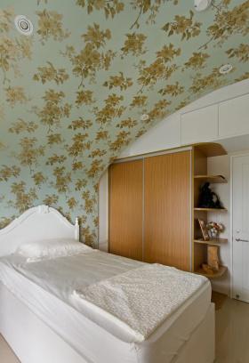 温馨田园风格卧室衣柜图片