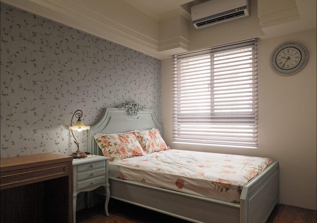 欧式乡村碎花时尚风格卧室设计图