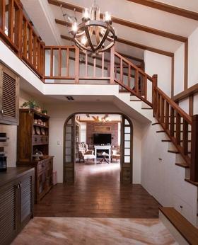 地中海风格质感原木色楼梯效果图欣赏