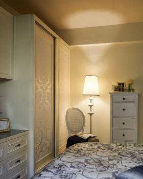 美式风格卧室衣柜装修图片