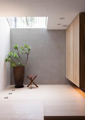 现代风格玄关装潢设计