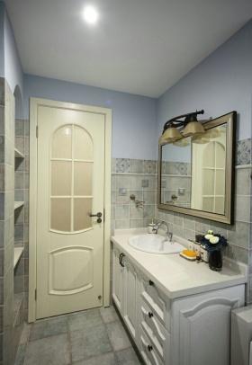蓝色美式风格卫生间浴室柜设计图片