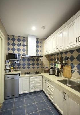 美式风格蓝色厨房橱柜装修效果图