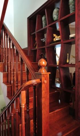 红色个性美式风格楼梯效果图赏析