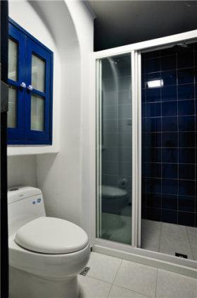 蓝色时尚地中海风格大胆卫生间赏析