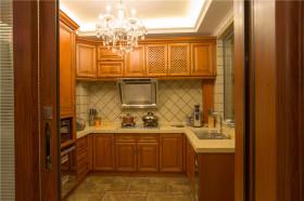 大气沉稳2016欧式风格厨房橱柜装修效果图片