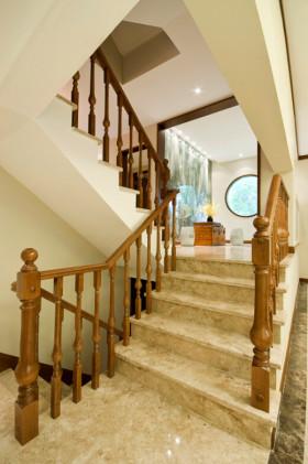 米色原木雅致中式风格楼梯赏析