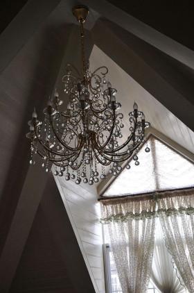欧式风格时尚吊顶装饰图欣赏