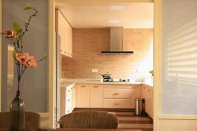 混搭橙色厨房装修案例