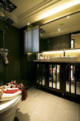 简洁新古典风格卫生间装修美图欣赏