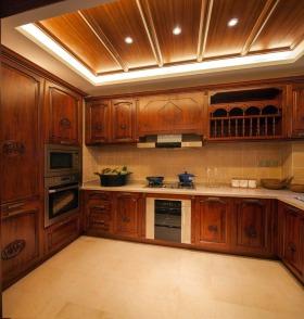 大气东南亚风格实用厨房橱柜图片