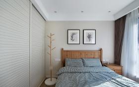现代风格时尚卧室衣柜装修布置