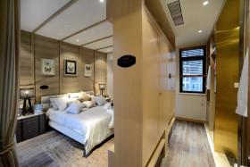 时尚优雅欧式黄色卧室衣柜赏析