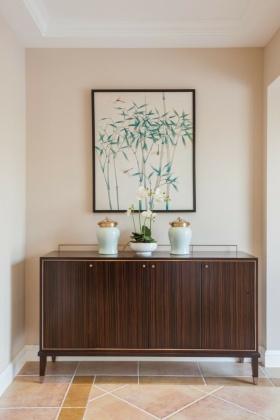 米色中式风格鞋柜装饰图欣赏
