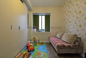 2016田园风格黄色儿童房衣柜装修案例