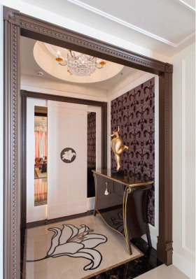 褐色质感欧式风格鞋柜装修图片