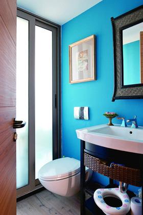 蓝色混搭风格卫生间装修效果图
