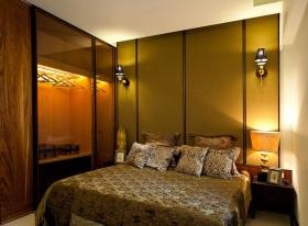 东南亚风格黄色卧室衣柜图片