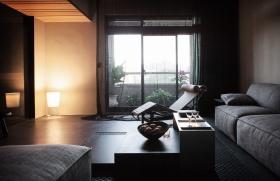 黑色简约风格客厅装饰图