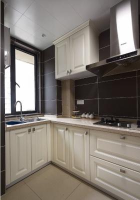 黑色质感简欧风格厨房装修设计