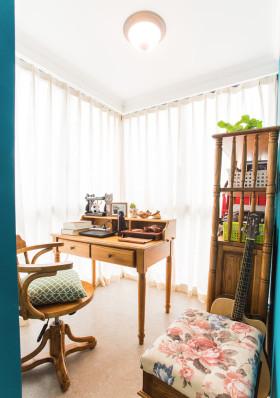 白色清新东南亚风格书房装修效果图片