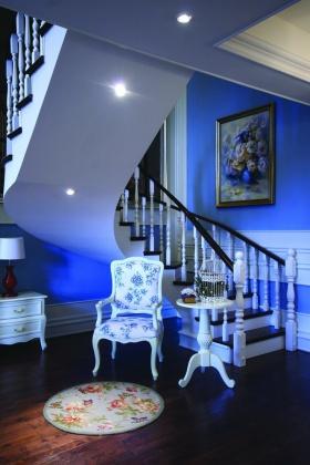 蓝色地中海旋转楼梯效果图设计