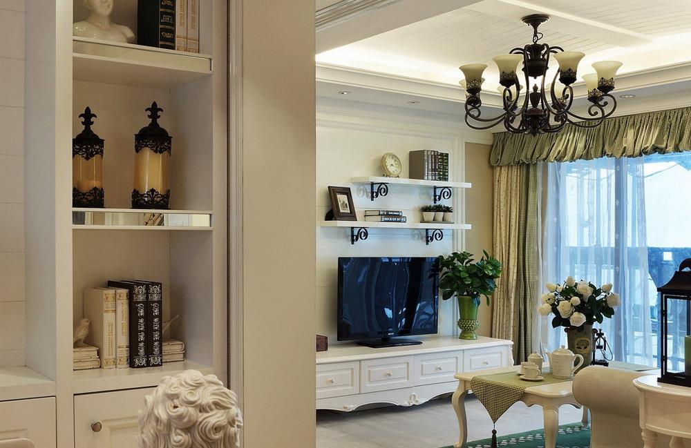 浪漫优雅田园客厅装潢设计图片
