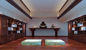 原木风新中式风格简约阁楼装饰图