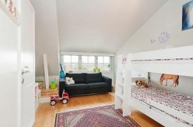白色可爱欧式儿童房设计图