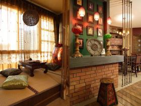 红色雅致中式风格榻榻米装潢案例