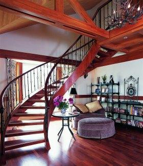 大气美式红色书房楼梯装潢案例