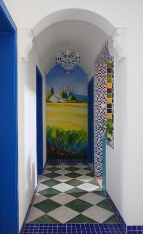 蓝色地中海风格浪漫过道图片欣赏