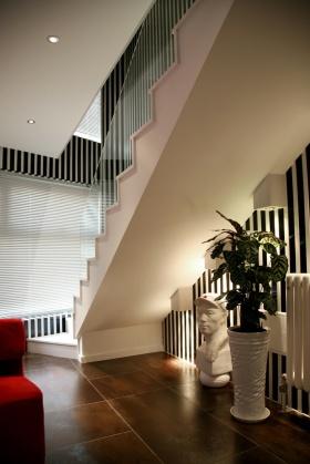 简约风格欧楼梯设计装修