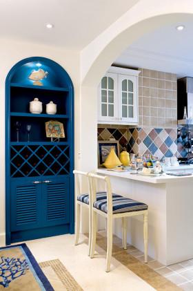 地中海风格蓝色厨房吧台图片欣赏