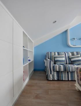 地中海风格蓝色客厅收纳柜装修效果图
