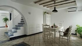米色素雅地中海餐厅设计案例