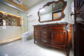 褐色新古典风格卫生间装修案例