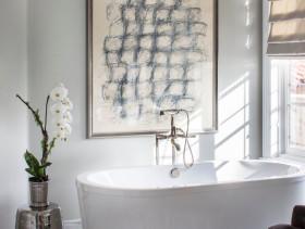 欧式风格灰色低调卫生间装修图片