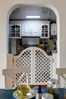白色地中海风格厨房装修案例